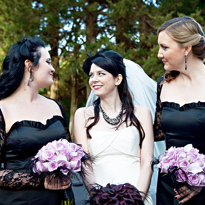 Halloween Weddings: Tied Bow Inspiration