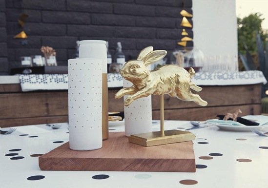 gold-rabbit-centerpiece-